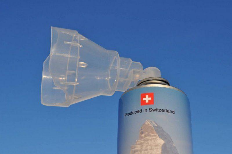 Швейцарская компания начала экспортировать альпийский воздух. Дорого.