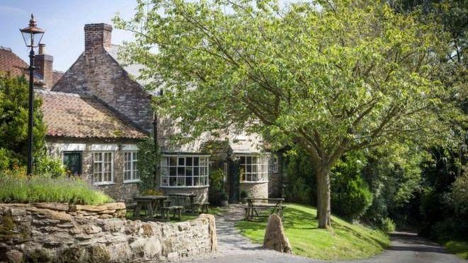 Британский деревенский паб стал лучшим рестораном в мире по версии ресурса для путешественников TripAdvisor