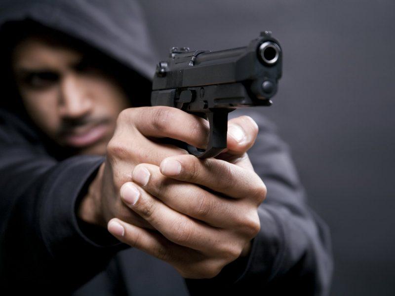 Скандал в Южноукраинске: мажор под кайфом всадил три пули в человека