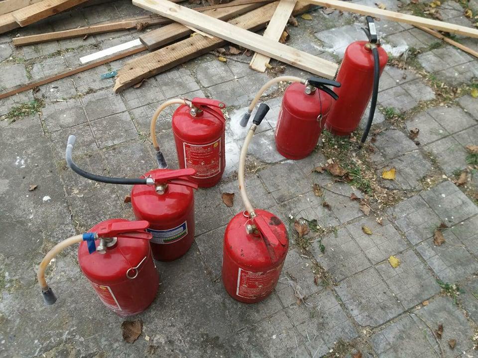 Пылало жарко: в Коблево сгорела хозпостройка с мебелью одной из баз отдыха 5