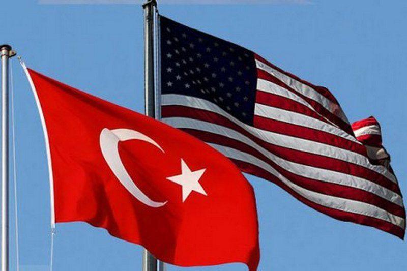 Туроператоры заявили, что девальвация лиры не снизит стоимость путевок в Турцию