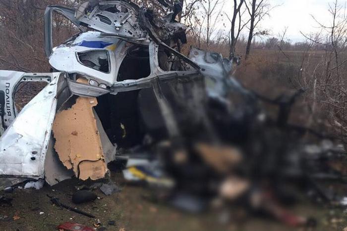 Один полицейский погиб и еще два ранены из-за взрыва мины в Донецкой области