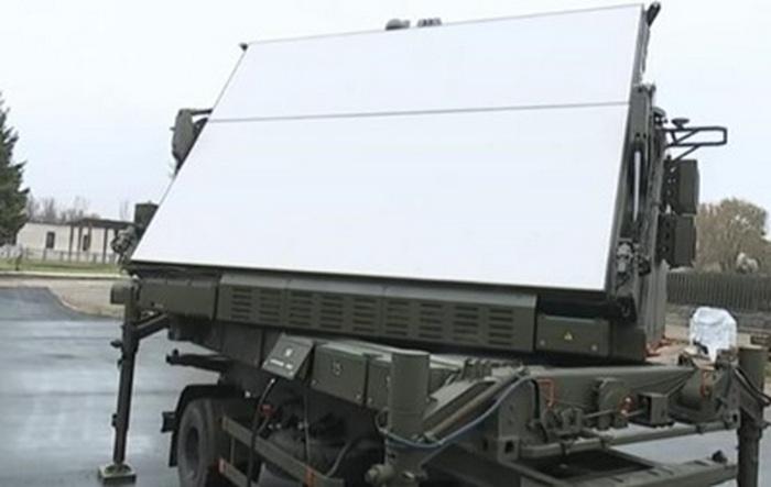 Украинские военные показали мобильный 3D радиолокатор