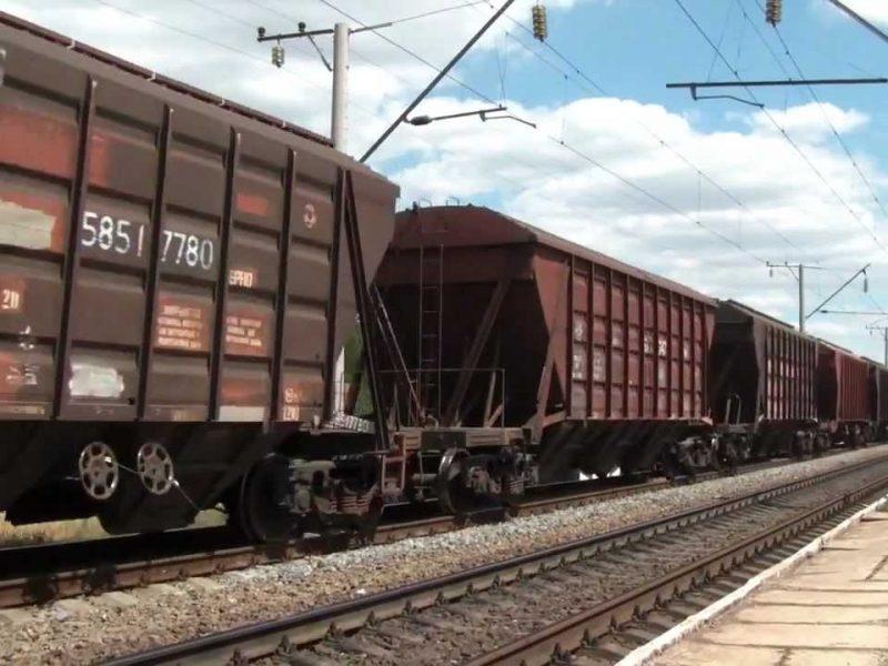 В Корабельном районе женщину насмерть сбил поезд