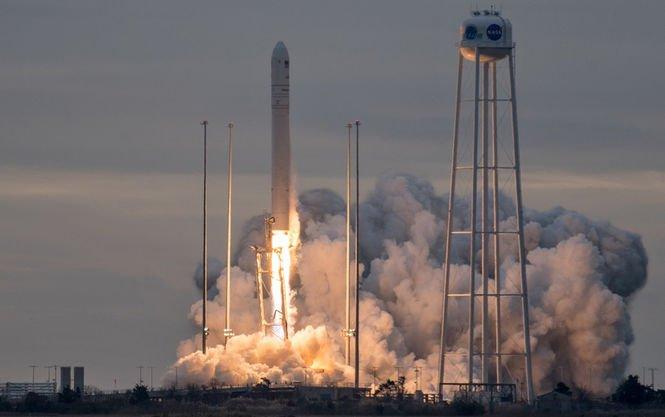 Ракетный день Украины: в США запустили построенную при участии украинских специалистов ракету Antares