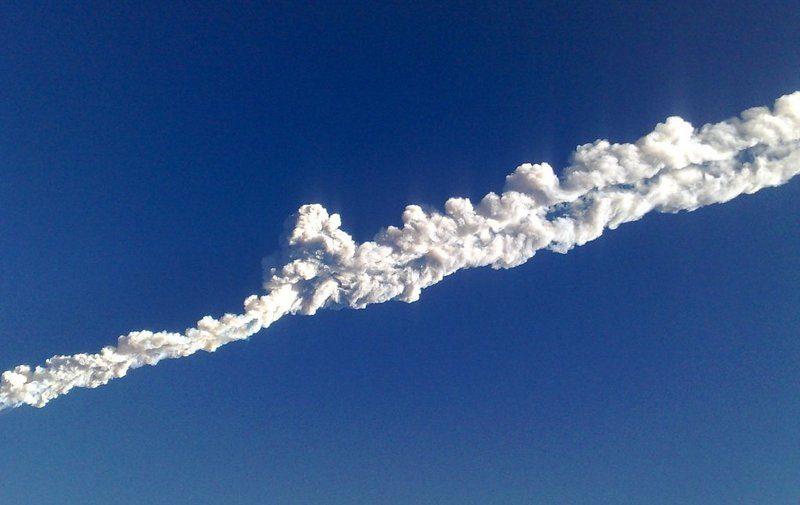 Пилоты ВМС США развлеклись, «нарисовав» в небе силуэт пениса
