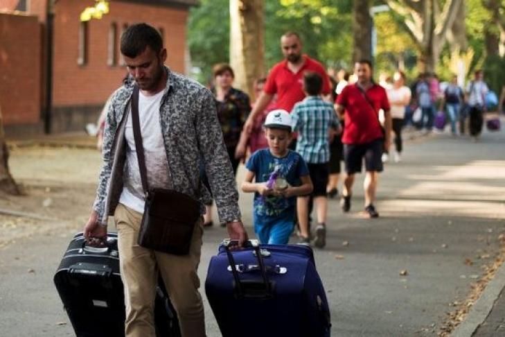 Германия готова заплатить каждому мигранту, пожелавшему вернуться домой, по 3 тыс.евро