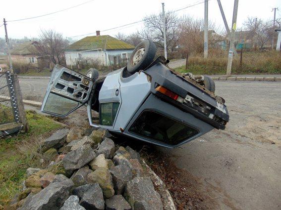 На Николаевщине авто насмерть сбило пенсионерку, а его пьяный водитель сбежал. Но его нашли