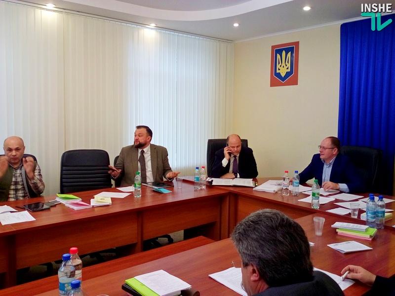 Депутаты Николаевского облсовета хотят влиять на распределение средств областного территориального дорожного фонда. А ОГА этого не хочет