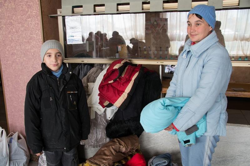 Тяжелое время. В Николаеве волонтеры помогли малоимущим утеплиться к зиме 3
