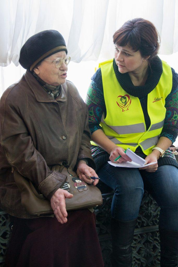 Тяжелое время. В Николаеве волонтеры помогли малоимущим утеплиться к зиме 9