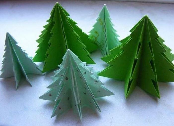 Стало известно, сколько будут стоить новогодние елки в этом году
