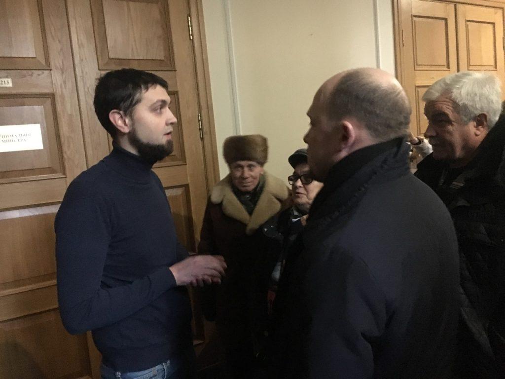 В милиции поведали свою версию инцидента— Задержание народного депутата Каплина