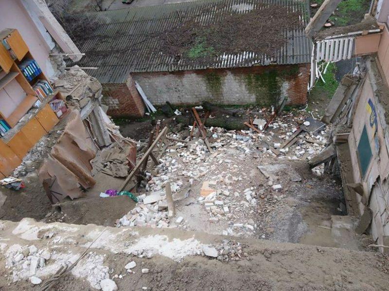 В Новом Буге проводят консервацию рухнувшей школы и ждут финансовой помощи от областного бюджета