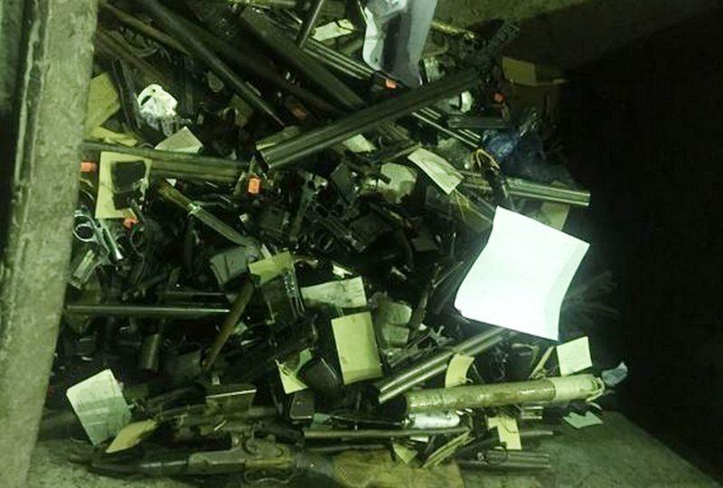 В Николаеве полиция утилизировали собранное за 9 месяцев оружие, все 344 едииницы