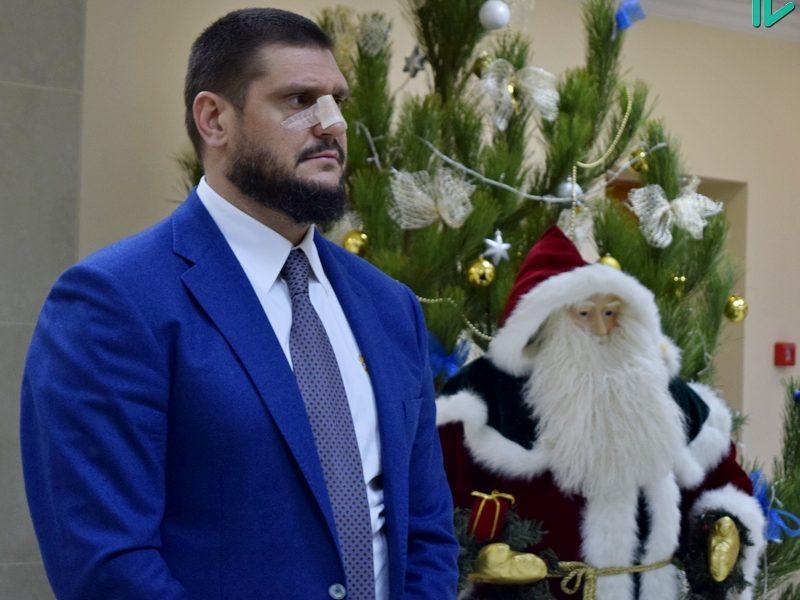 «Я лично получил такой новогодний подарок» – глава Николаевской ОГА Алексей Савченко рассказал о том, как ему пытались дать взятку