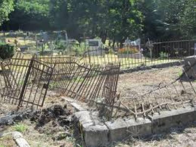 На Николаевщине еще один кладбищенский вандал, который разграбил 19 могил в Первомайске, получил реальный срок заключения