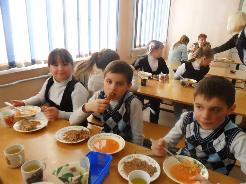Норму питания детей в школах и детсадах Николаева увеличили – почти на коэффициент инфляции