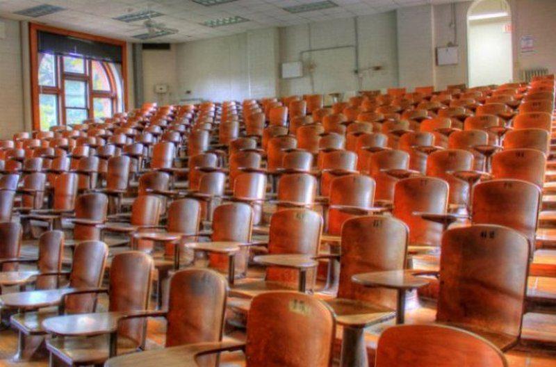 В МОН заявили, что студентам должны вернуть деньги за время, которое они не проживали в общежитиях