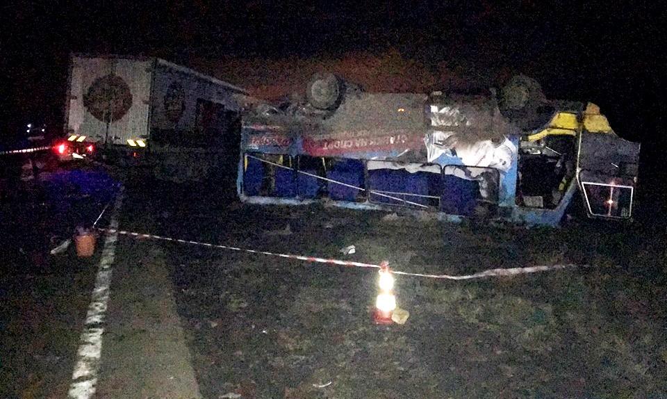 Ужасное ДТП наХерсонщине: фургон влетел вавтобус