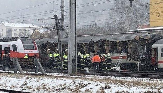 ВАвстрии при столкновении 2-х поездов умер человек