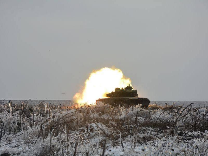 Танкисты 79-й Николаевской отдельной десантно-штурмовой бригады провели боевые стрельбы