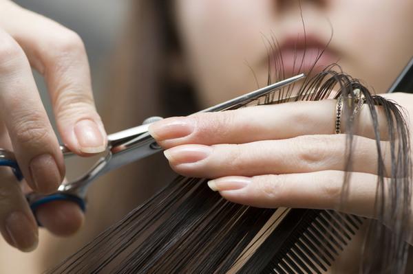 Когда лучше идти к парикмахеру. Лунный календарь стрижек на май