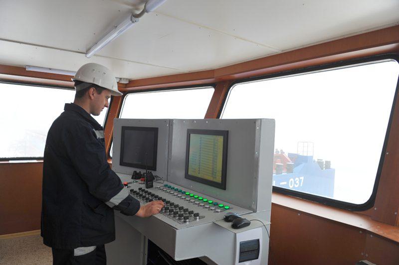 На судостроительном заводе «НИБУЛОН» впервые спущено на воду судно длиной 101 метр