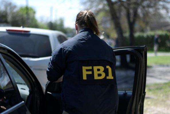 Агенты ФБР пришли в дом российского предпринимателя Олега Дерипаски в Вашингтоне - СМИ 3