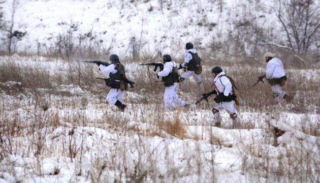 Боевики обстреляли в Чермалыке автобус ритуальной службы по дороге на кладбище
