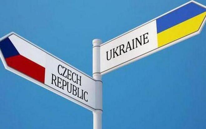 Чехия входит в четверку стран, которые без ограничений поставляют оружие в Украину – Премьер