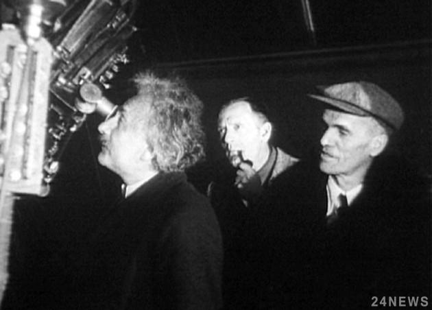 Теория относительности Эйнштейна оказалась намного менее ценной, чем его секрет счастья, – результаты аукциона