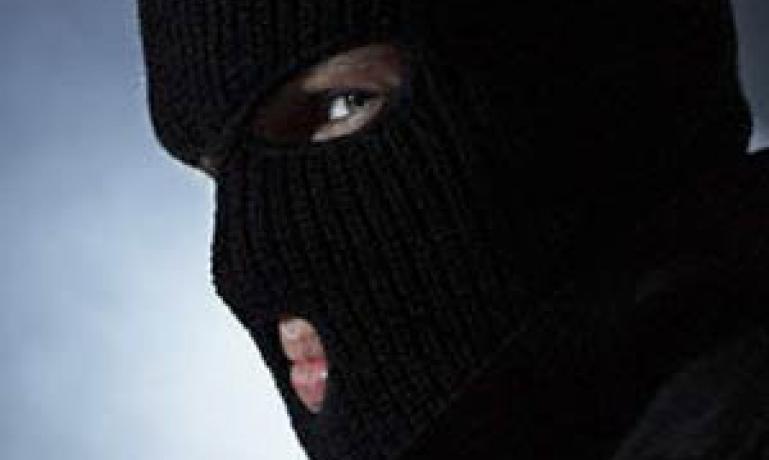 В Николаеве неизвестные совершили разбойное нападение на старика-ветерана войны