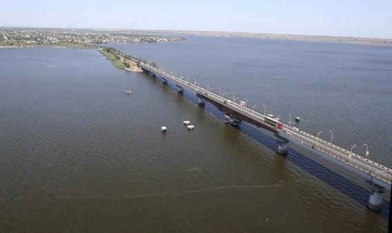 На ремонт мостов планируют потратить $1 млрд. за несколько лет. Но этого мало, — Омелян