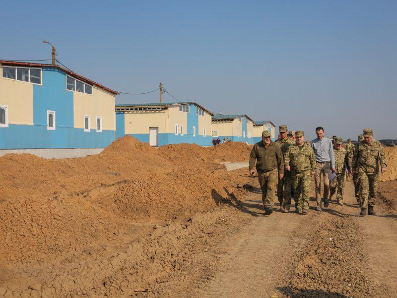 Министр обороны Украины обещает сдать военный городок на полигоне «Широкий Лан» на Николаевщине до конца осени