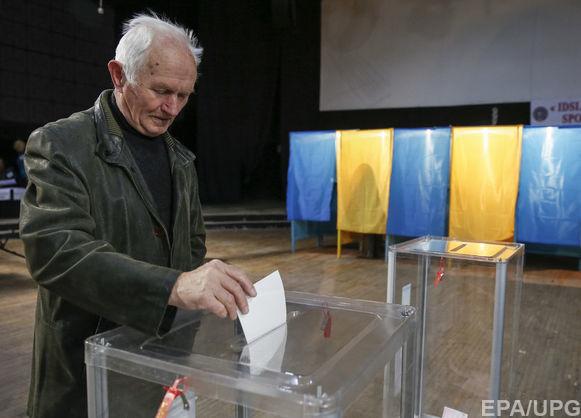 ЦИК: На 15 часов в стране уже проголосовали более 43% избирателей, Николаевщина отчиталась только по одному округу