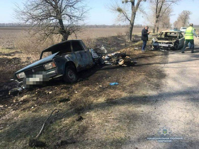 В Киевской области ограбили и сожгли автомобиль «Укрпочты», перевозивший пенсии
