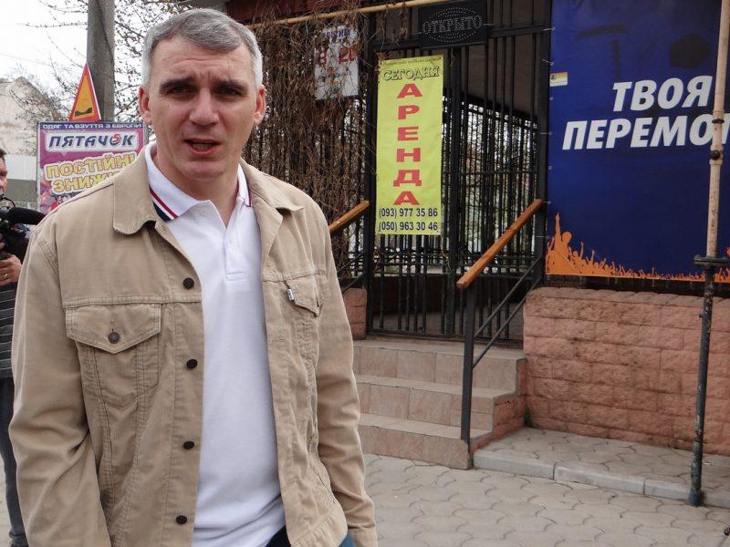 Три депутата Николаевского горсовета подали апелляцию на решение суда о восстановлении Сенкевича. Причина — обиды и «личная неприязнь», считает мэр