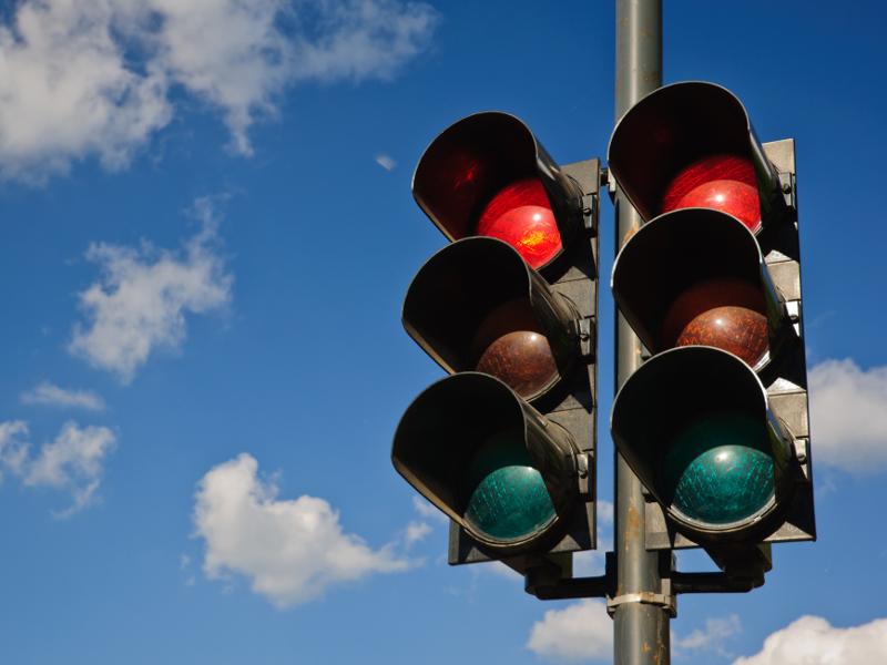 Вопрос с дополнительными светофорами в Николаеве «завис» в бюджетной комиссии