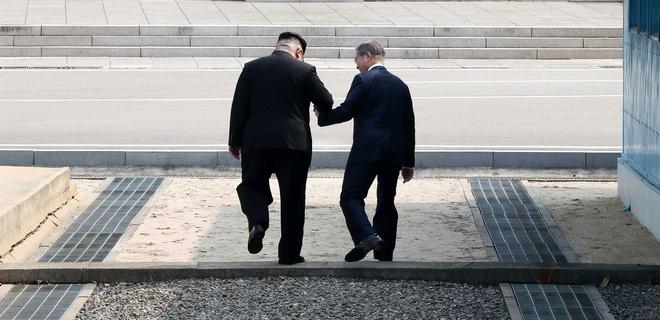 КНДР и Южную Корею соединили дорогой впервые за 14 лет