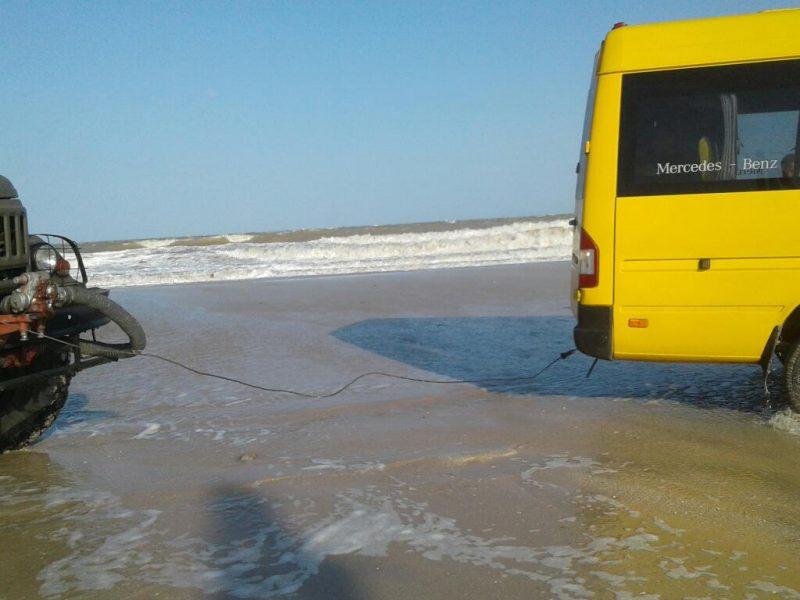 В Запорожской области шторм затопил базы отдыха