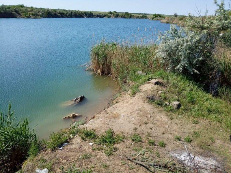 Карьер другой, а вот результат… В затопленном карьере Николаевской области спасатели обнаружили тело пропавшей девятнадцатилетней девушки
