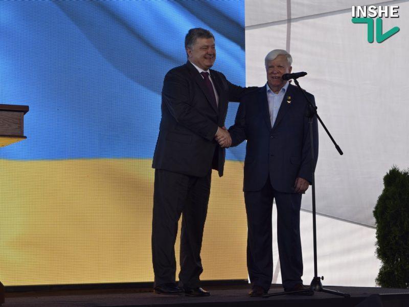 Вадатурский рассказал Порошенко о недостойном поведении министра инфраструктуры