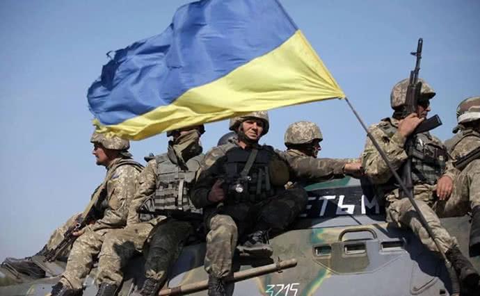 В штабе ООС объясняют: отвод сил в Станице Луганской – не ослабление (ВИДЕО)