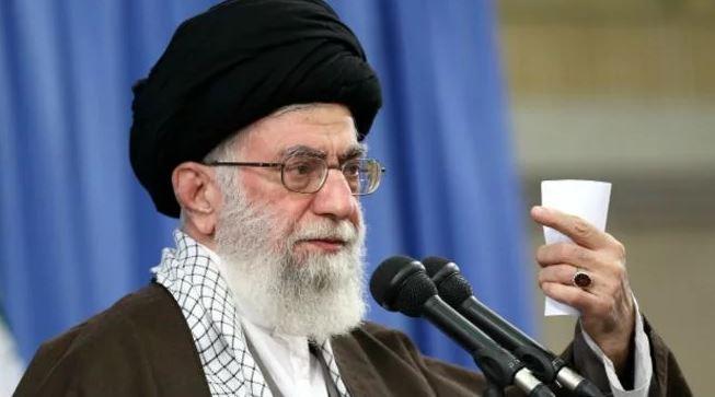 В Иране протестующие требуют отставки верховного лидера из-за сбития самолета МАУ (ФОТО, ВИДЕО)