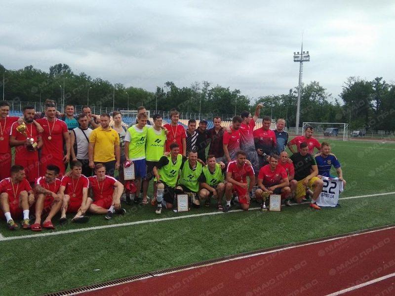 Футболист немецкого «Байера» провел в Николаеве турнир по уличному футболу