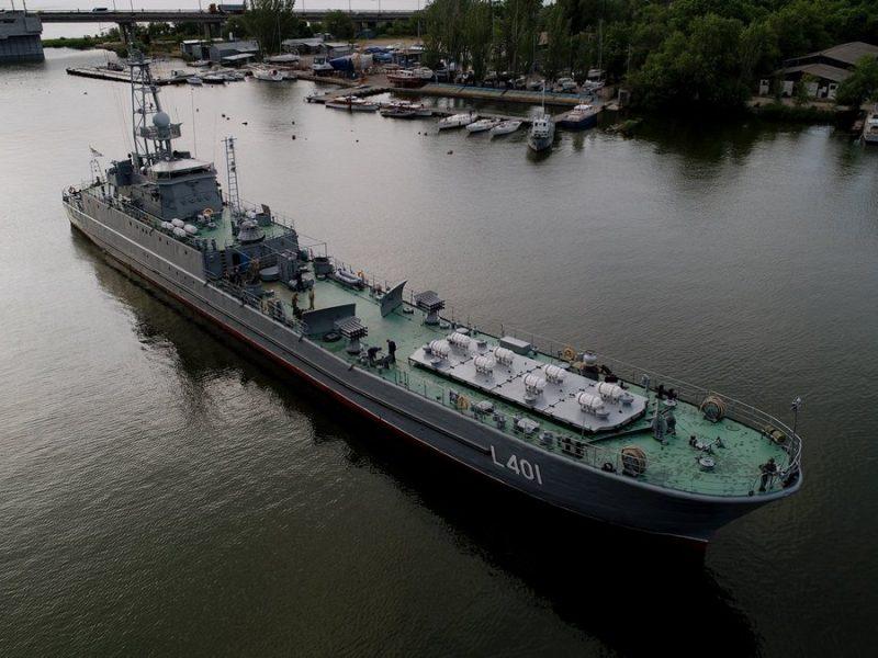 """Зачем в Николаев зашел средний десантный корабль """"Юрий Олефиренко"""""""
