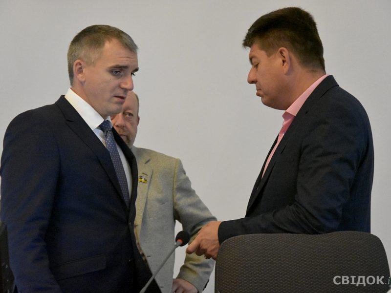 После беседы с губернатором депутаты Ентин и Солтыс решили отозвать свои апелляционные жалобы на возвращение Сенкевича