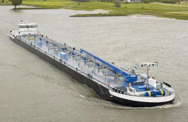 На ЧСЗ будут строить танкер и говорят о высоких зарплатах