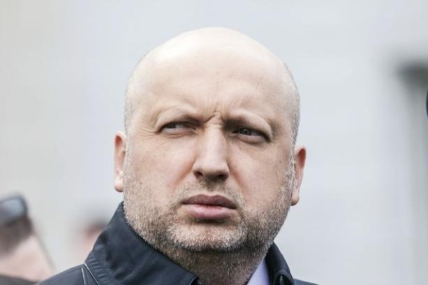Турчинов выразил надежду относительно действий новой команды